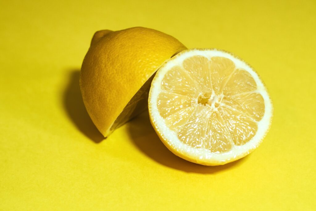 Best Natural Foods For Healthy Skin #4: LEMON