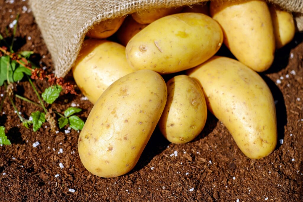 Best Natural Foods For Healthy Skin #6: POTATOES